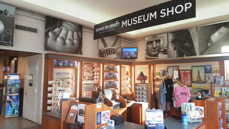 Museum best practices why exit through the gift shop for Best museum shops online