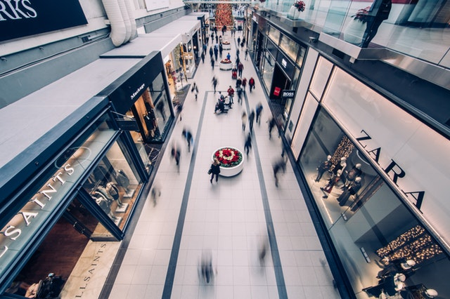 4 Low-Tech Retailtainment Strategies to Boost Foot Traffic in 2018